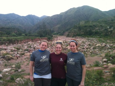 Amizade interns in Bolivia