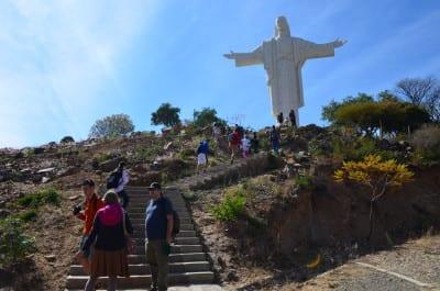 Walking up to El Cristo