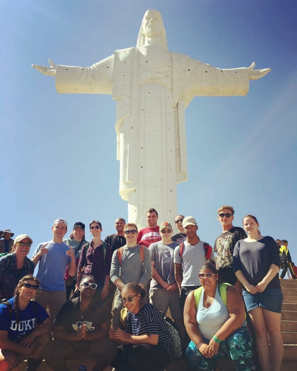 YAPSA at the Cristo statue